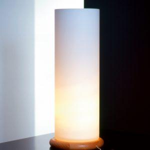 Bordlampe, Sylinder med bøketresfot, 37 cm, 40 W