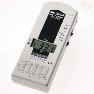Niederfrequenz-Analyser ME3030B