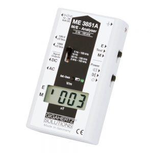 Niederfrequenz-Analyser ME3851A